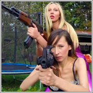 Guards in trouble - Marta vs Olga - HD