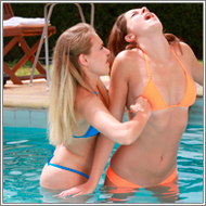 Bikini catfight in swimming pool – Lexxi vs Blanca