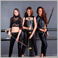 2-on-1 Swordfight – Elena vs Lexxi and Fiona
