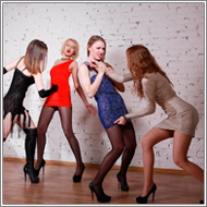 Team Catfight – Renee, Jillian vs Daisy, Elena