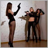 Armed encounter – Fiona vs Lexxi, Vicky, Laura