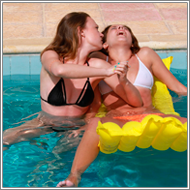 Catfight in the swimming pool – Lexxi vs Renee