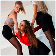 2-on-1 secretaries catfight – Sabrina vs Vera and Amelie