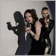 Shadow Gunfight – Maya vs Alisha