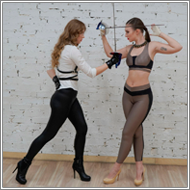 Rapier Duel in studio – Hanna vs Tess