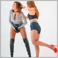 Slugging lower parts catfight - Marta vs Olga